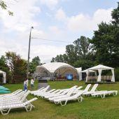 летняя площадка с шатром для проведения   мероприятий в Москве