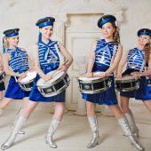 оркестр барабанщиц  костюмы Морячки