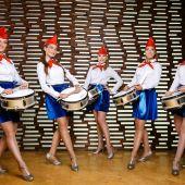 ансамбль барабанщиц пионерок
