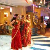 Танцовщицы индийских танцев