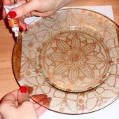 Роспись посуды, керамики и стекла
