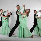 Коллектив бальных танцев