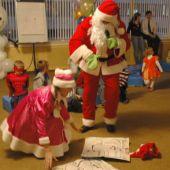 Санта-Клаус и олень Рудольф