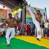 Бразильское капоэйра шоу